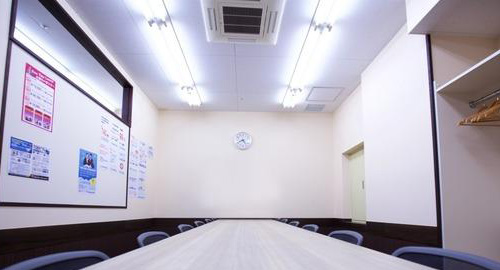 ECC外語学院銀座校の教室内